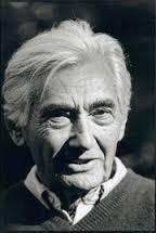 Howard Zinn circa 2000 [photo: Robert Birnbaum copyright 2016]